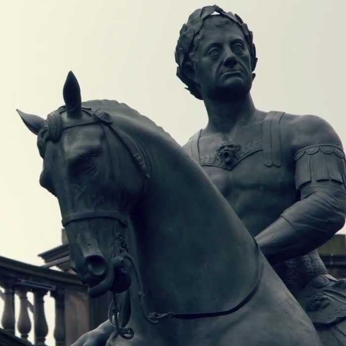 Estatua equestre en Edimburgo