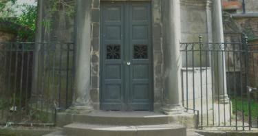 Mackenzie, el poltergeist de Edimburgo