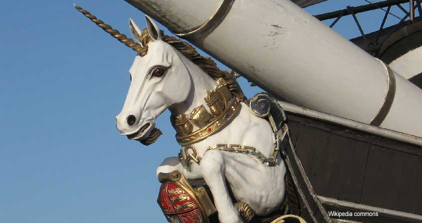 fragata con unicornio