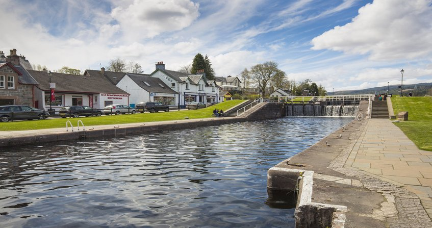 Canal Caledonio y Fort Augustus