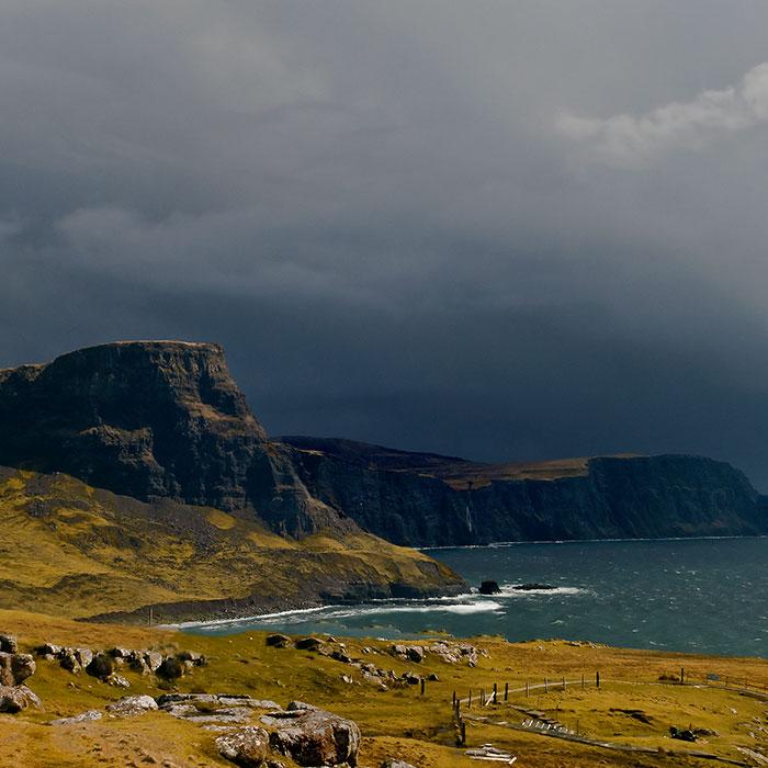 acantilados en la isla de skye