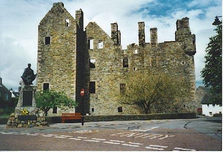 El castillo de MacLellan desde el exterior