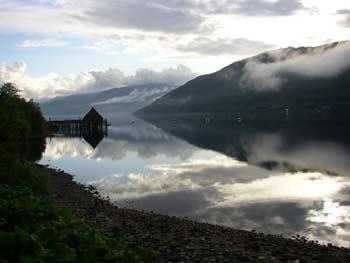 Lago Tay y crannoch, Wikipedia.org