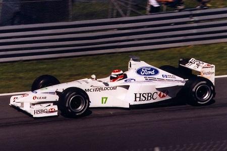 Imagen monoplaza Stewart Grand Prix. Imagen Extraida de Wikipedia.org
