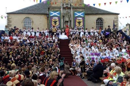 Festividad de Lanimer. Coronación de la Reina