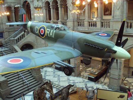 "Avión de Caza ""Spitfire"" en Kelvingrove Museum"