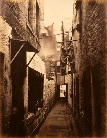 Calles de Glasgow y viejos closes en sepia