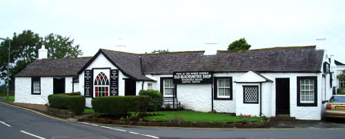 La famosa casa de Blacksmith shop entera