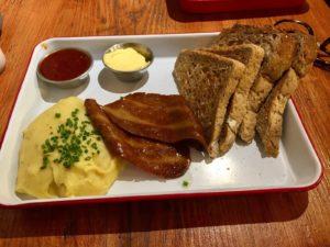 Sandwich vegetariano en el restaurante The Caffeine Drip en Edimburgo