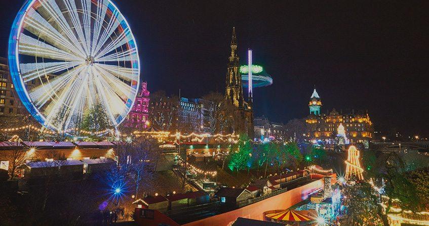 Vistas de Edimburgo en Navidad